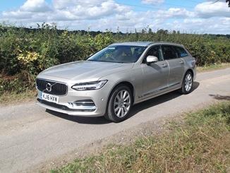 2016-Volvo-V90-front.jpg