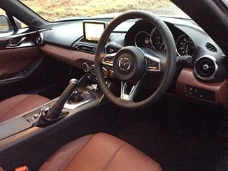 2017-MX5-RF-interior.jpg