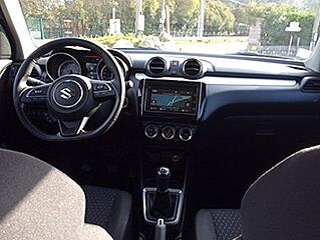 2017-Suzuki-Swift-interior.jpg