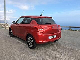 2017-Suzuki-Swift-rear.jpg