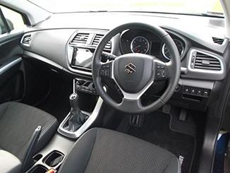 Suzuki-S-Cross-interior-1.jpg