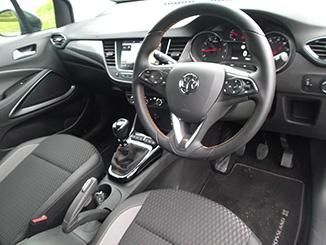 2017-Vauxhall-Crossland-X-interior.jpg
