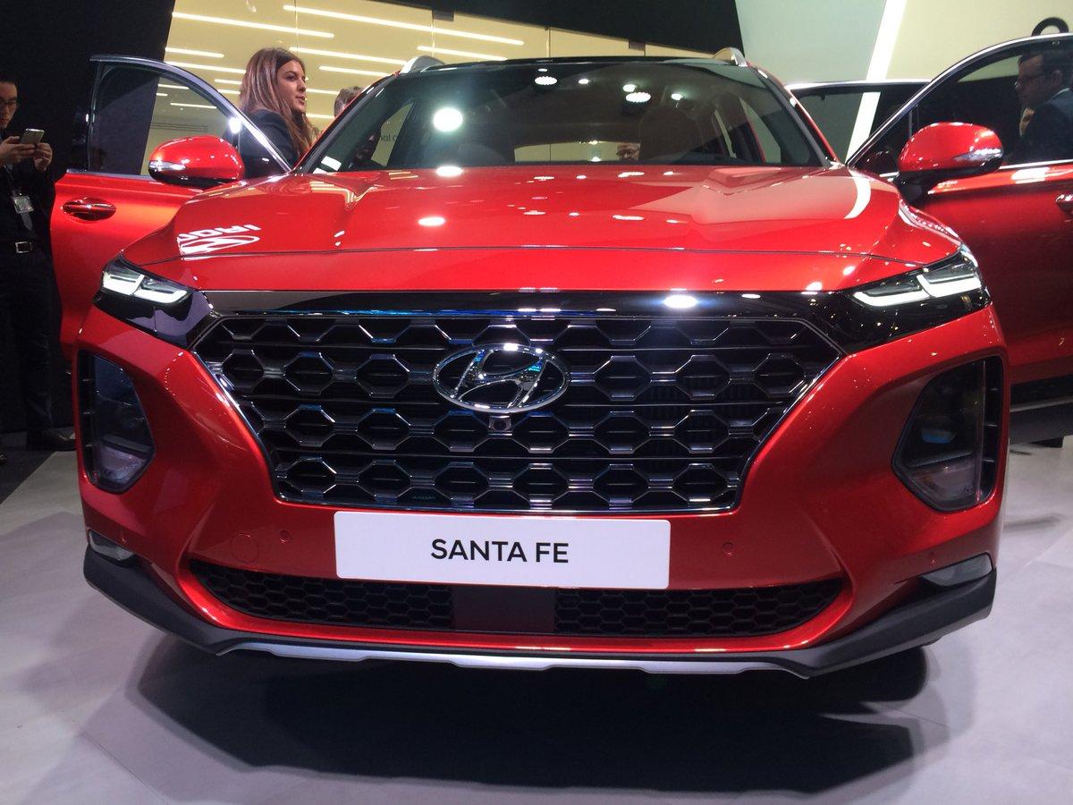 Hyundai Santa Fe.jpg