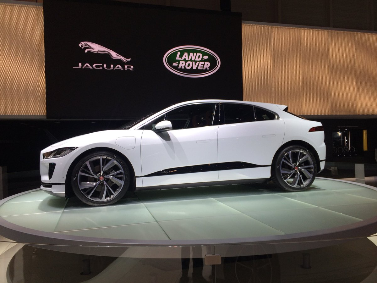 Jaguar I Pace.jpg